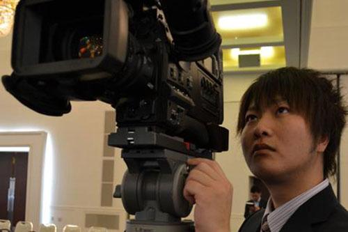 スタッフ2|ハナシネマの学校卒業記念DVD制作.com
