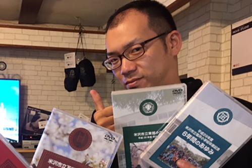 スタッフ4 ハナシネマの学校卒業記念DVD制作.com